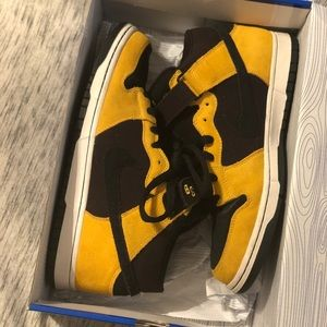 Wu-Tang Nike SB 10.5 *like new*